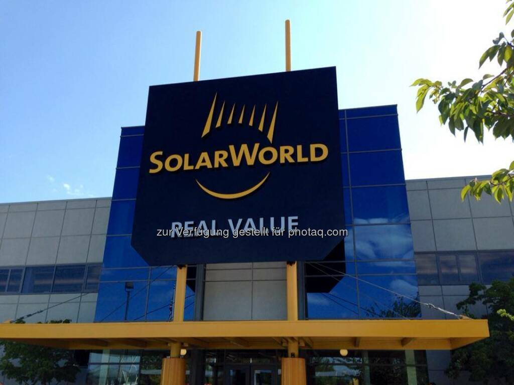 Big shout out to our installers, sponsors, employees and partners: Thanks for sharing a great day with us in Hillsboro. We hope you had as much fun in the sun as we did! #SolarWorldSummit2014  Source: http://facebook.com/SolarWorldUSA (21.08.2014)
