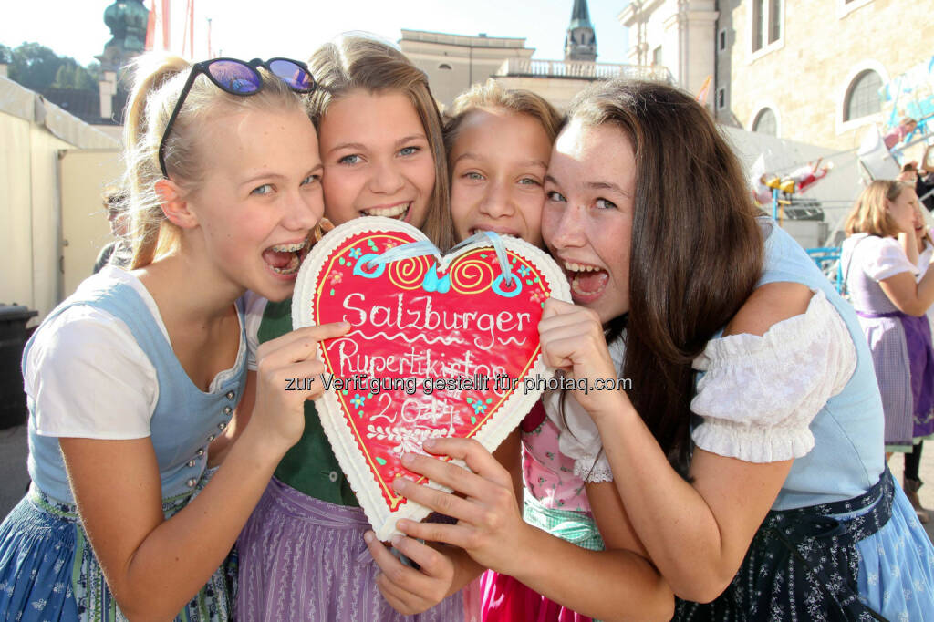 Yes!, Herz: Altstadt Salzburg Marketing: Salzburger Rupertikirtag 2014 (c) Wildbild, © Aussendung checkfelix (21.08.2014)