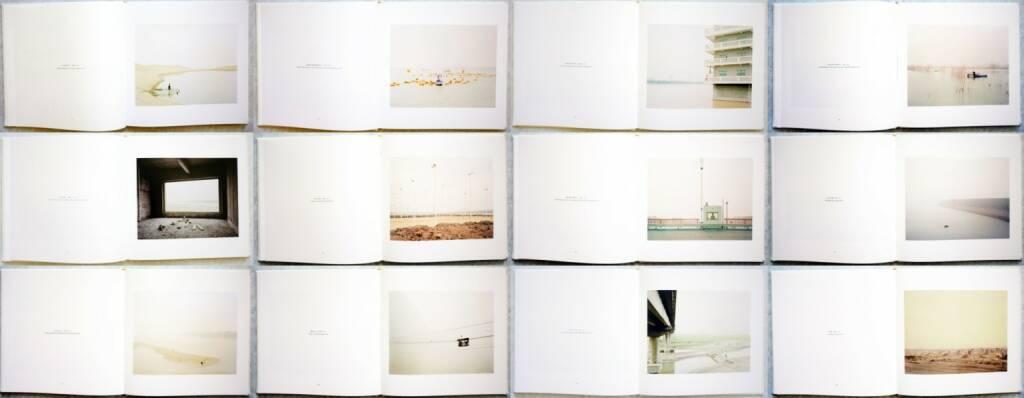 Zhang Kechun - The Yellow River, Jiazazhi, 2014, Beispielseiten, sample spreads - http://josefchladek.com/book/zhang_kechun_-_the_yellow_river, © (c) josefchladek.com (21.08.2014)