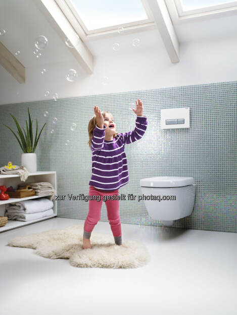 Geberit DuoFresh, Badezimmer, Toilette, Kind, Seifenblasen (Bild: Geberit) (22.08.2014)