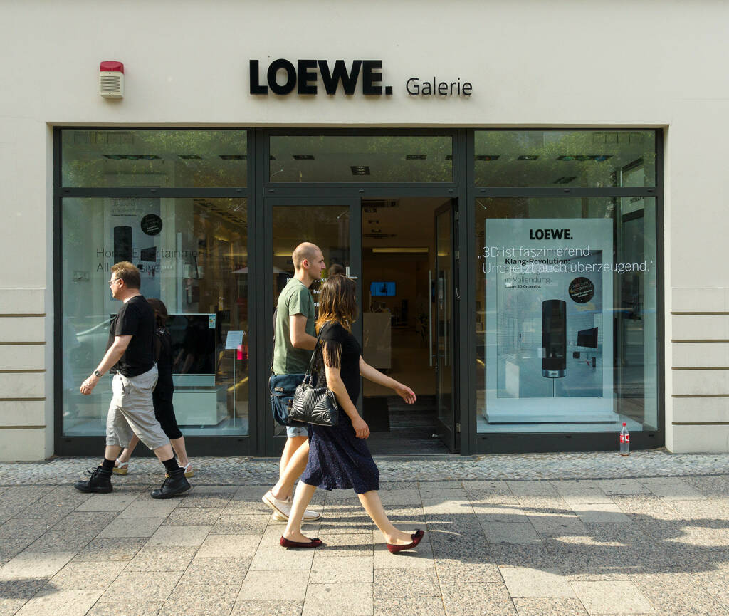 Loewe Geschäft, Galerie <a href=http://www.shutterstock.com/gallery-472024p1.html?cr=00&pl=edit-00>Bocman1973</a> / <a href=http://www.shutterstock.com/editorial?cr=00&pl=edit-00>Shutterstock.com</a>, © www.shutterstock.com (21.01.2017)