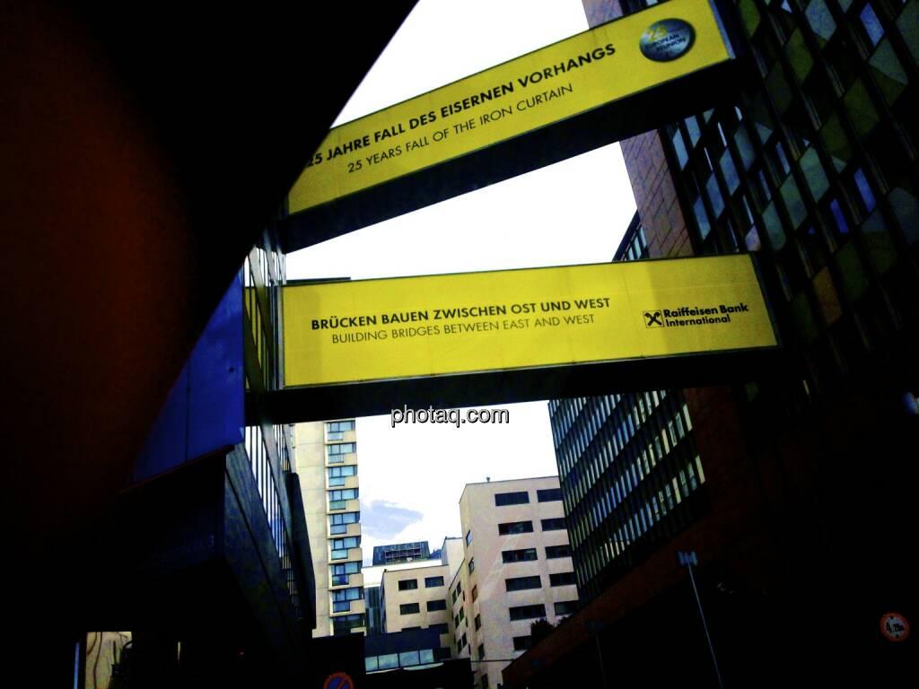 RBI, Raiffeisen - Brücken bauen zwischen Ost und West, 25 Jahre Fall des Eisernen Vorhangs, © photaq.com (27.08.2014)