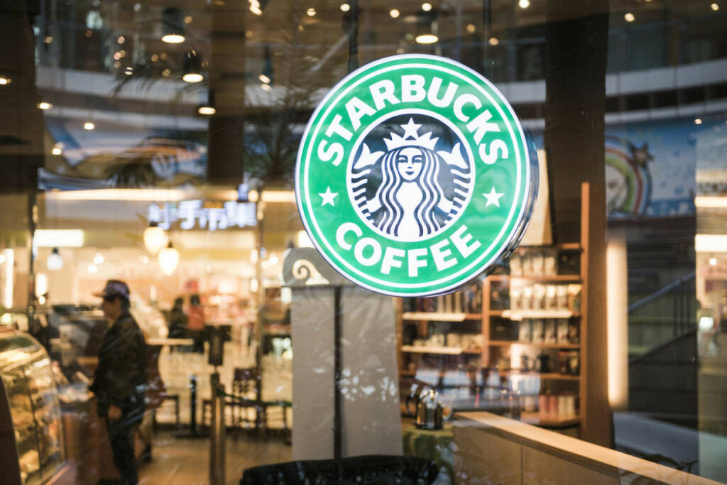 Starbucks, Kaffee, <a href=http://www.shutterstock.com/gallery-363001p1.html?cr=00&pl=edit-00>Wayne0216</a> / <a href=http://www.shutterstock.com/editorial?cr=00&pl=edit-00>Shutterstock.com</a>, Wayne0216 / Shutterstock.com, © www.shutterstock.com (28.08.2014)