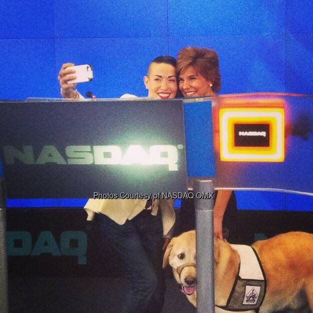 Quick #selfie at the #NASDAQ closing bell with designer Norisol Ferrari and retired Army Captain Leslie Nicole Smith #salute  Source: http://facebook.com/NASDAQ (29.08.2014)