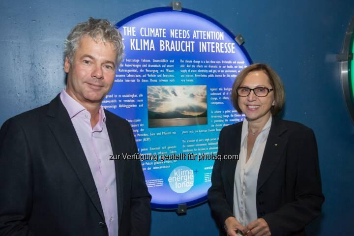 Ingmar Höbarth, Geschäftsführer Klima- und Energiefonds, Dagmar Schratter, Direktorin Tiergarten Schönbrunn: Klima- und Energiefonds unterstützt Polardom der neuen Eisbärenwelt im Tiergarten Schönbrunn