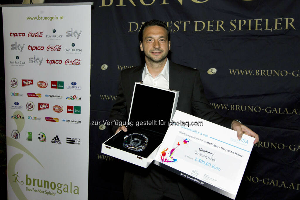 Szabolcs Sáfár – (FC Wacker Innsbruck) Ehrenpreis (Bild: Bildagentur Zolles/ Martin Steiger) (31.08.2014)