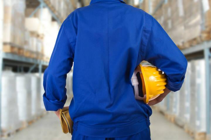 Arbeit, Helm, Arbeiter http://www.shutterstock.com/de/pic-159352604/stock-photo-blue-collar-worker.html
