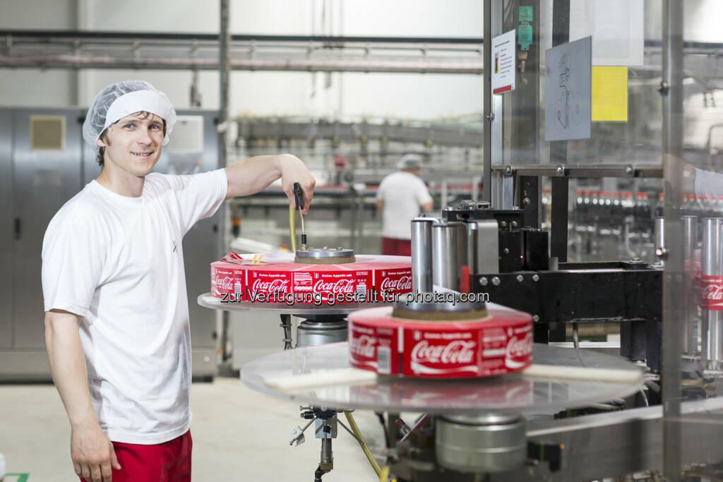 Coca-Cola Produktionsanlage in Edelstal, Mitarbeiter (Bild: Coca-Cola Hellenic, Eva Kelety) (01.09.2014)