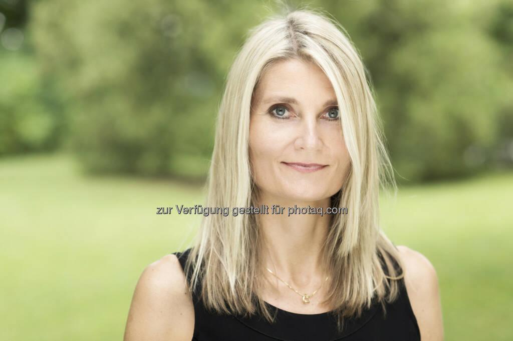 Ursula Resch (GF von Kayserholz Österreich), auf den Herbst-Gartentagen in Schloss Hof am 28. und 29. September 2014 vertreten (Bild: Kayserholz), © Aussender (02.09.2014)