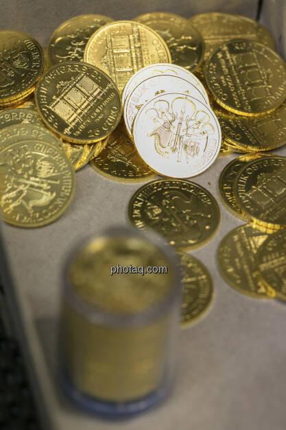 Goldmünzen, http://www.schoeller-muenzhandel.at, © finanzmarktfoto.at/Martina Draper (20.01.2013)