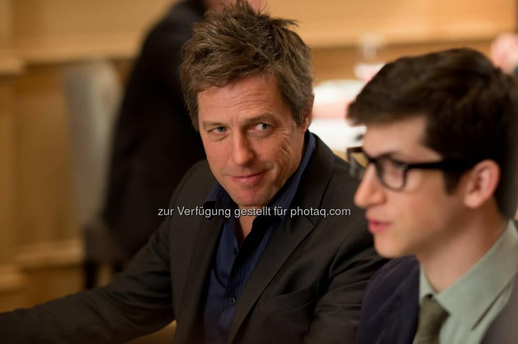 Hugh Grant und Steven Kaplan in Wie schreibt man Liebe? / (C) obs/Constantin Film/Anne Joyce, © Aussendung (02.09.2014)