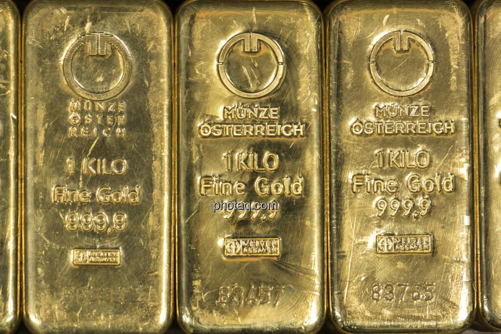 Goldbarren, http://www.schoeller-muenzhandel.at, © finanzmarktfoto.at/Martina Draper (20.01.2013)