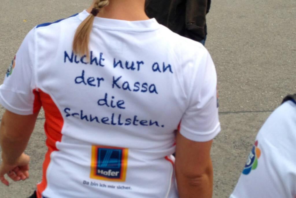 Nicht nur an der Kassa die Schnellsten, Hofer (04.09.2014)
