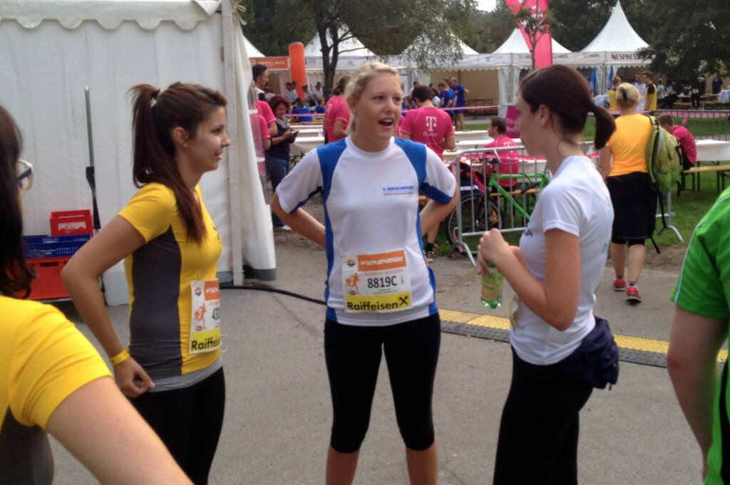 Raiffeisen, Uniqa beim Wien Energie Business Run 2014 (04.09.2014)
