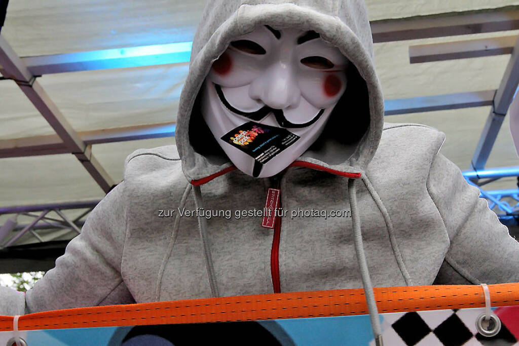 Anonymous, © bestevent.at (05.09.2014)