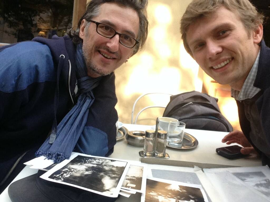 With Sergiy Lebedynskyy (one of the founders of the Shilo group) in Vienna, coffee, prints and a very nice chat! Co-author of the brilliant Euromaidan http://josefchladek.com/book/vladislav_krasnoshek_and_sergiy_lebedynskyy_-_euromaidan (06.09.2014)