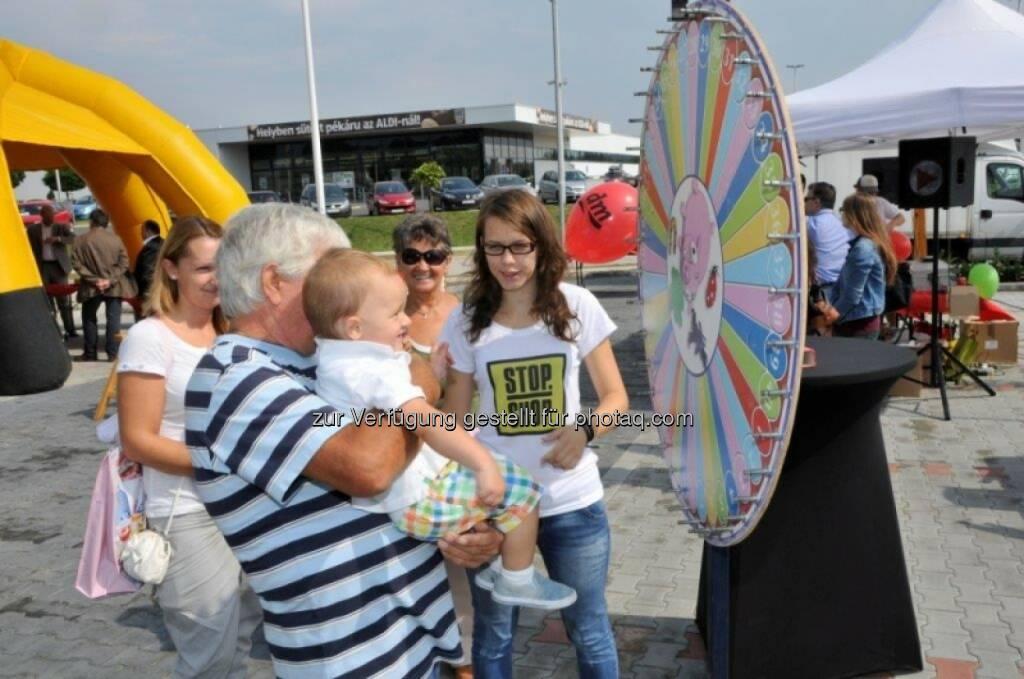 Immofinanz Stop.Shop, siehe http://blog.immofinanz.com/de/2014/09/05/immofinanz-das-shopping-center-ist-ein-unterhaltungsunternehmen/, © Aussender (06.09.2014)