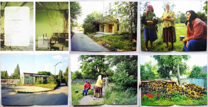 John Darwell - Chernobyl vol. 2, The Velvet Cell, 2014, Beispielseiten, sample spreads, http://josefchladek.com/book/john_darwell_-_chernobyl_vol_2
