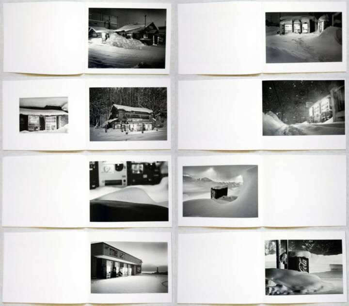 Eiji Ohashi - Roadside Lights, PhotoClassic, 2013, Beispielseiten, sample spreads - http://josefchladek.com/book/eiji_ohashi_-_roadside_lights