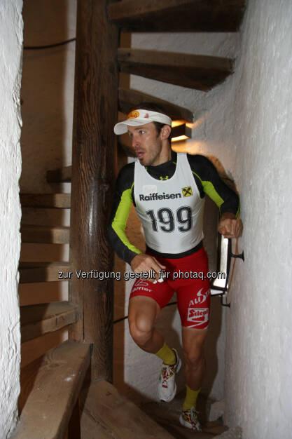Christoph Bieler beim Turmlauf Hall in Tirol im Münzerturm - Stadtmarketing Hall in Tirol: Kampfsportler und Amateurläufer messen sich am 21. September 2014 wieder beim Raiffeisen Turmlauf Hall in Tirol (c) Flatscher, © Aussendung (08.09.2014)