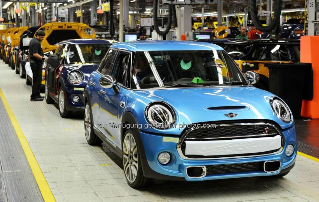 BMW Group: Dreimillionstes Fahrzeug rollte heute vom Band – gleichzeitig wird der zweimillionste MINI aus Großbritannien exportiert, © Aussendung (09.09.2014)