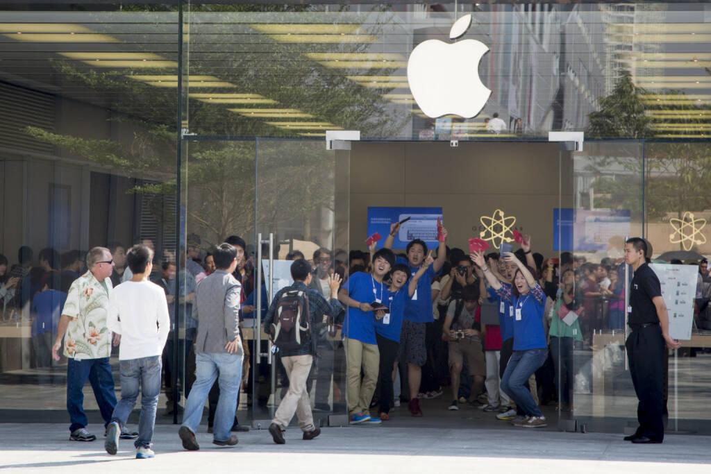 Apple Store, China Shenzhen, Eröffnung <a href=http://www.shutterstock.com/gallery-520807p1.html?cr=00&pl=edit-00>skyme</a> / <a href=http://www.shutterstock.com/editorial?cr=00&pl=edit-00>Shutterstock.com</a>, © www.shutterstock.com (21.07.2018)