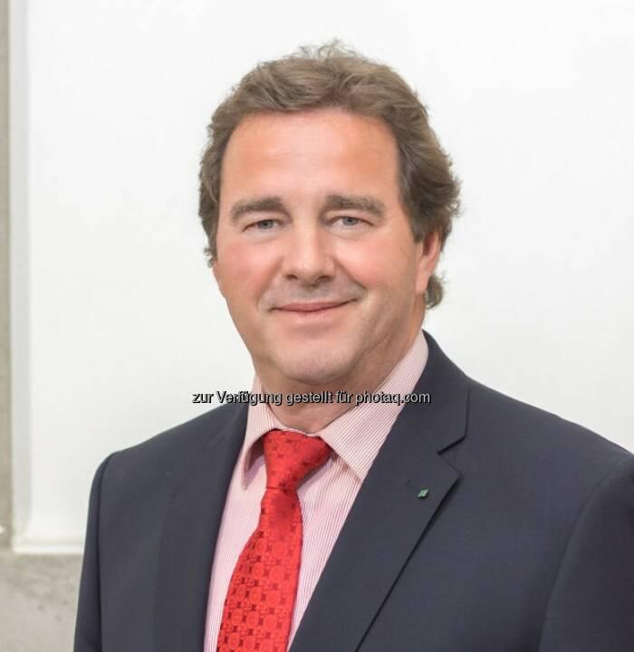 CIRP (internationale Akademie für Produktionstechnik) hat Wilfried Sihn aufgrund hervorragender Forschungsleistungen in Produktion und Logistik zum 1. österreichischen Fellow gewählt.