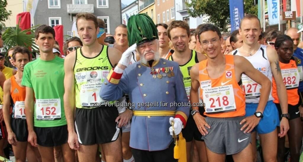 Laufen mit dem Kaiser im herbstlichen Bad Ischl: Anmelden zum Kaiserlauf 2014 und T-Shirt sichern, http://www.kaiserlauf.at/kaiserlauf (c) Hörmandinger, © Aussendung (11.09.2014)
