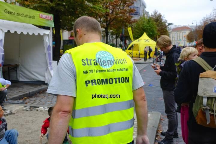 Straßen Wien, MA28, Promotion, gelbe Jacke