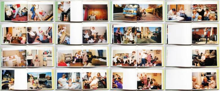 Nick Waplington - Living Room, Aperture, 1991, Beispielseiten, sample spreads - http://josefchladek.com/book/nick_waplington_-_living_room