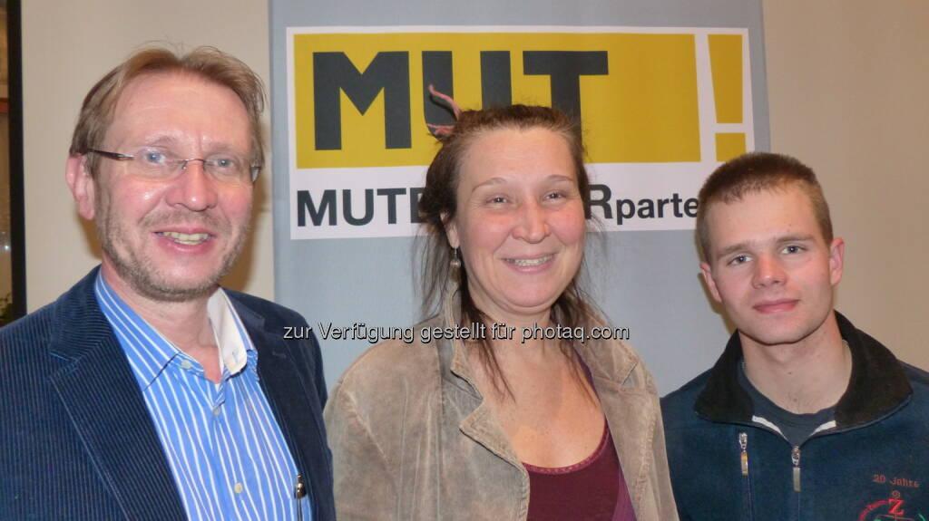 Mutbürgerpartei.at: Die Spitzenkandidaten des Bezirkes Korneuburg von li. nach re. Rudi Erdner, Silvia Zotz, Jürgen Summerer (Aussendung)  (25.01.2013)