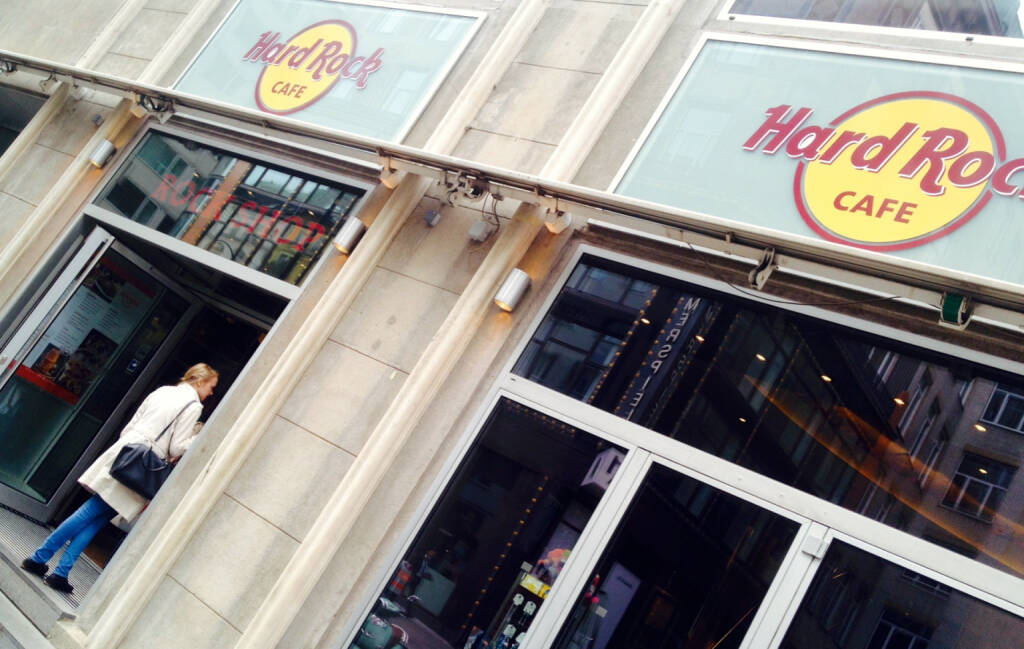 HardRock Cafe Wien, © diverse Handypics mit freundlicher Genehmigung von photaq.com-Freunden (16.09.2014)