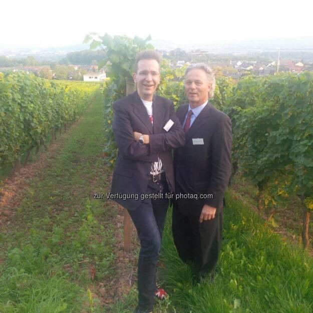 Investmentpunk Gerald Hörhan und Johannes Baratta, Vorstand der Bethmann Bank: Zwei Österreicher im Rahmen einer Veranstaltung auf der Burg Schwarzenstein in der Nähe von Wiesbaden (mit freundlicher Genehmigung von Gerald Hörhan) (18.09.2014)