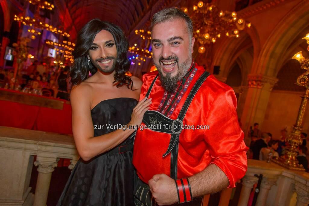 Conchita Wurst, Russkaja Sänger Georgij: Das war der Almdudler Trachtenpärchenball 2014 (20.09.2014)