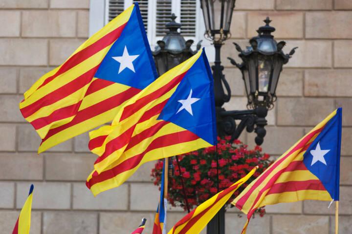 Katalonien, Spanien, Fahne, Flagge, http://www.shutterstock.com/de/pic-202049845/stock-photo-catalonia-flags-with-blue-estelada-in-cityspace.html