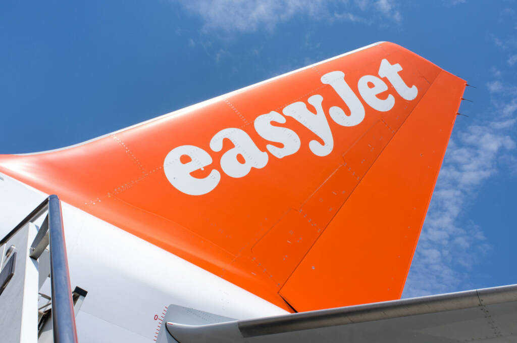 easyjet, <a href=http://www.shutterstock.com/gallery-1473677p1.html?cr=00&pl=edit-00>Giovanni G</a> / <a href=http://www.shutterstock.com/editorial?cr=00&pl=edit-00>Shutterstock.com</a>, Giovanni G / Shutterstock.com, © www.shutterstock.com (23.09.2014)