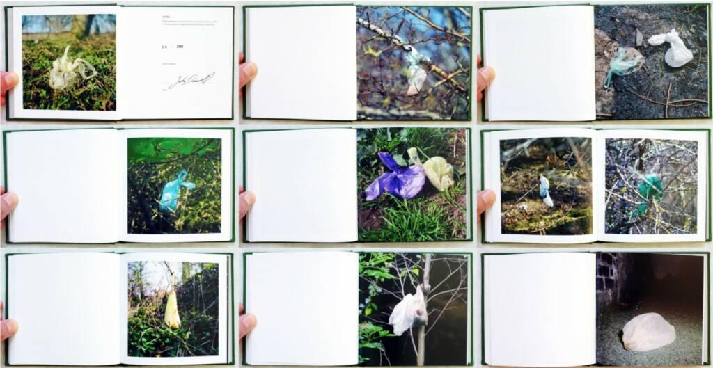 John Darwell - DDSBs - Discarded Dog Sh*t Bags, mynewtpress, 2013, Beispielseiten, sample spreads - http://josefchladek.com/book/john_darwell_-_ddsbs_-_discarded_dog_sht_bags, © (c) josefchladek.com (23.09.2014)