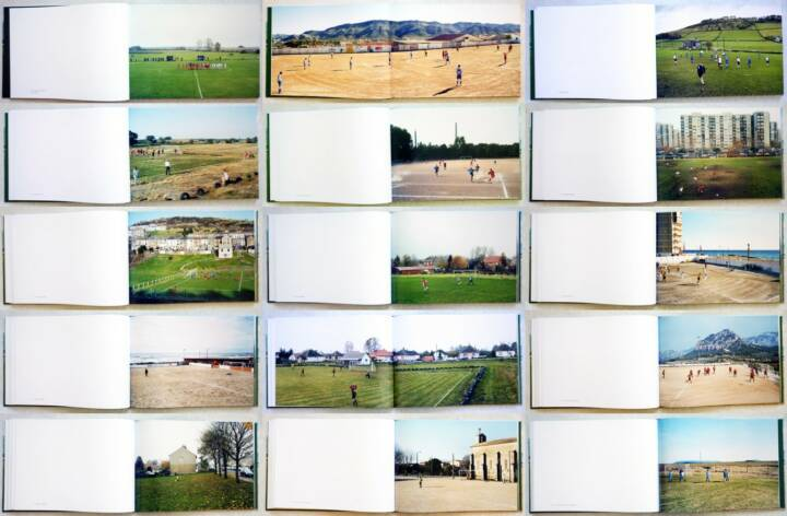 Hans van der Meer - Spielfeld Europa: Landschaften der Fußball-Amateure, Steidl, 2014, Beispielseiten, sample spreads - http://josefchladek.com/book/hans_van_der_meer_-_european_fields_the_landscape_of_lower_league_football_spielfeld_europa_landschaften_der_fussball-amateure