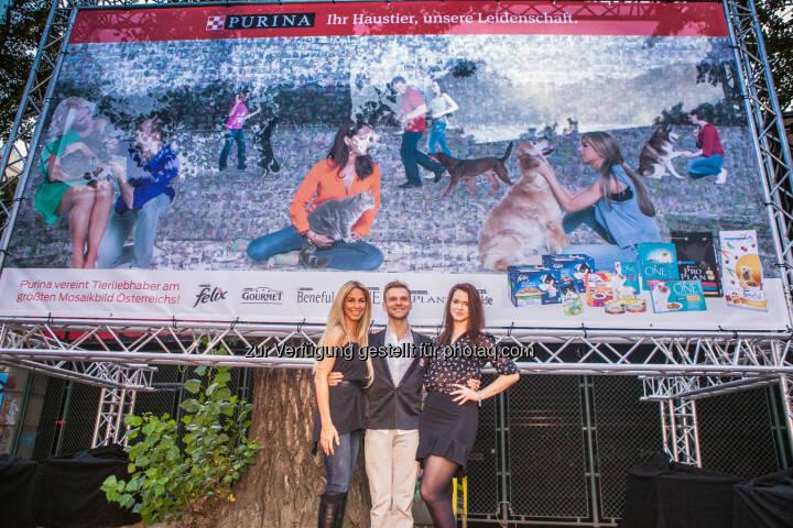Yvonne Rueff, Vadim Garbuzov, Roxanne Rapp: Premiere: Purina enthüllt das größte Mosaikfoto Österreichs
