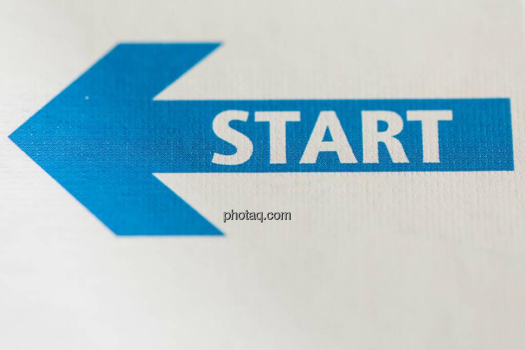 Start, Los, Beginn, Anfang, © photaq (26.09.2014)