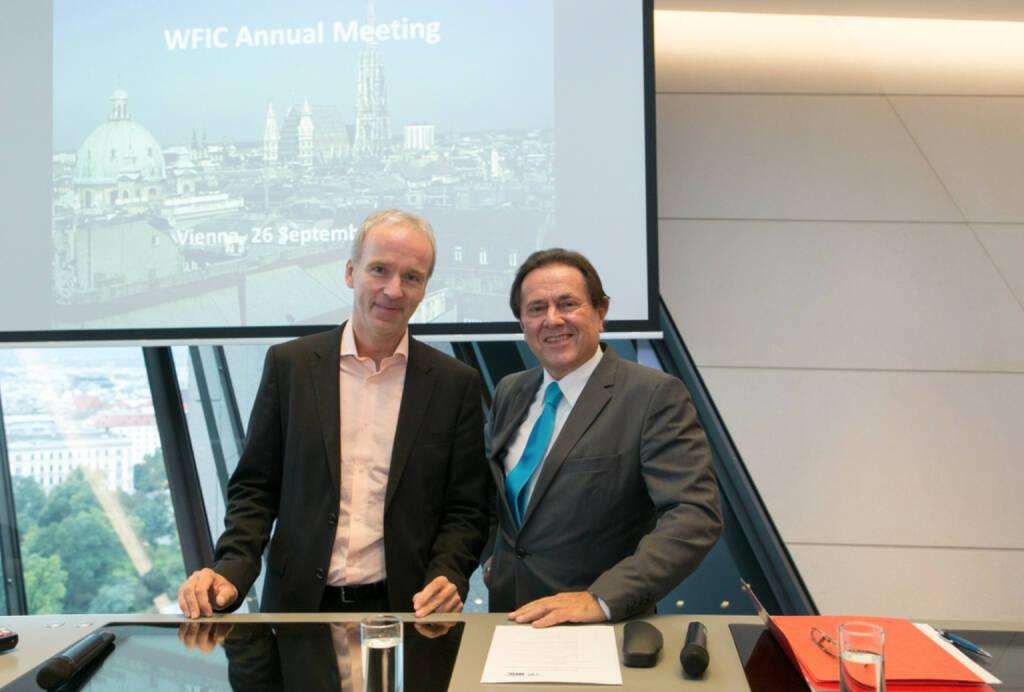 Die WirtschaftsBlatt-Chefredkakteure der Nullerjahre: Christian Drastil (online) trifft Peter Muzik (print) beim WFIC Annual Meeting von Wilhelm Rasinger (27.09.2014)