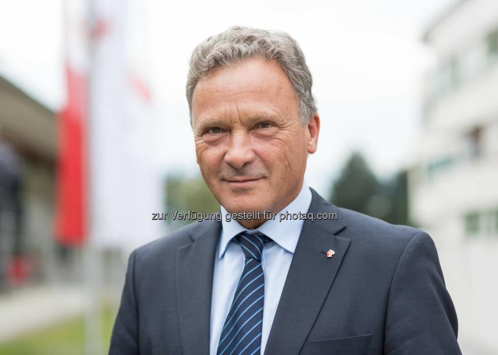 Österreichischer Rechtsanwaltskammertag: Anwaltstag: Rupert Wolff als Rechtsanwälte-Präsident wiedergewählt, © Aussender (27.09.2014)