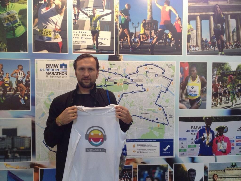 Stefan Kratzsch, Deutsche Bank, startete für/mit Runplugged beim Berlin-Marathon, © Diverse  (28.09.2014)