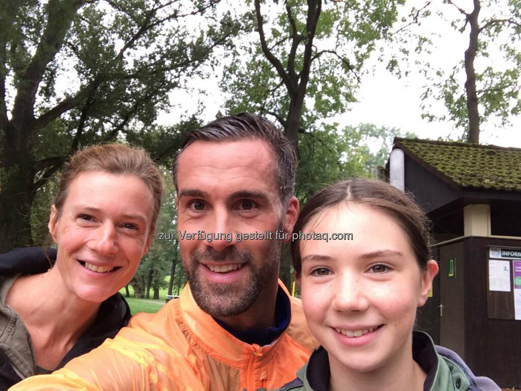 Martina Draper, Stefan Maierhofer, Emily Draper im Aubad Tulln, © mit Genehmigung der jeweiligen Selfiesierenden (28.09.2014)