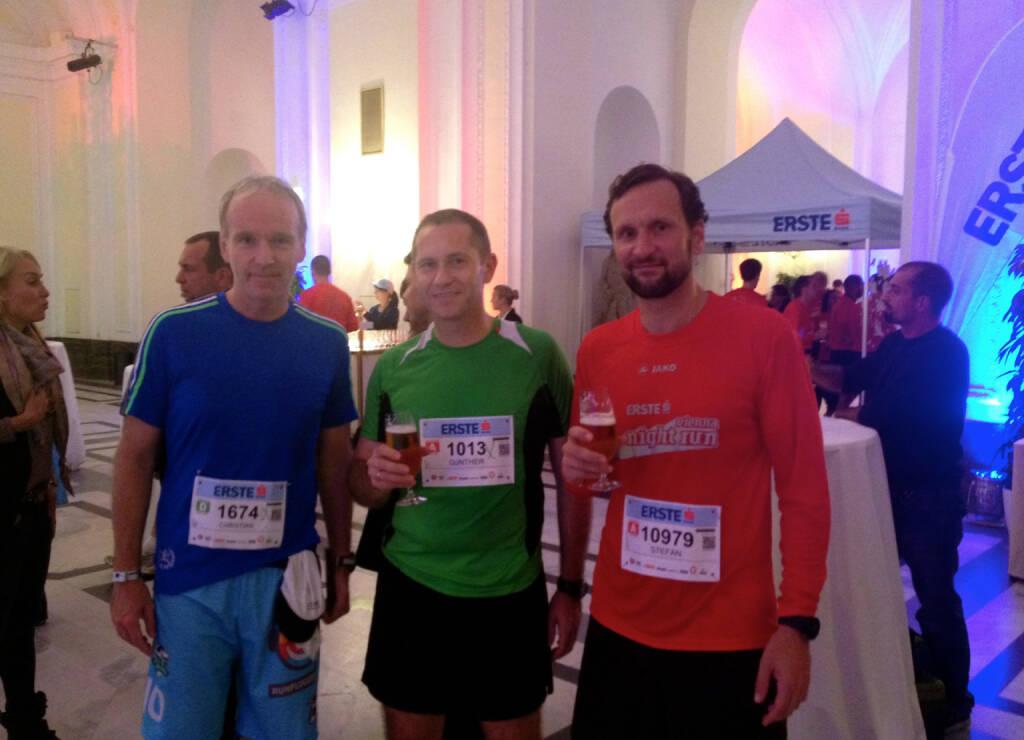 Lauffreunde: Christian Drastil, Günther Artner (Erste Group), Stefan Kratzsch (Deutsche Bank), mehr unter http://photaq.com/search/artner bzw. http://photaq.com/search/kratzsch (30.09.2014)