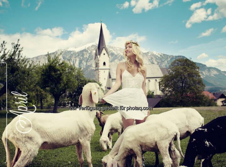 April – Julia (Steiermark)  © Jungbauernkalender 2015