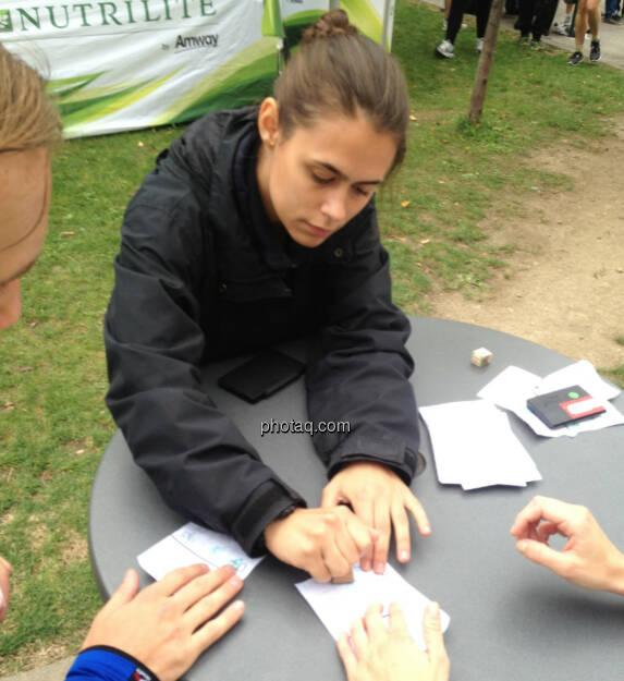 Stempel Hände Runde (04.10.2014)
