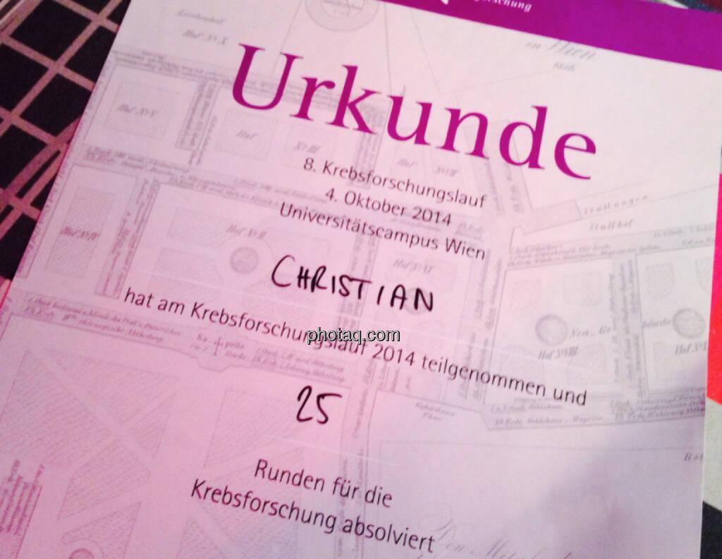 Urkunde 8. Krebsforschungslauf, ca. Halbmarathon des http://www.runplugged.com-Starters (04.10.2014)