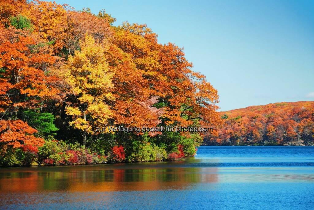 Herbst Wasser, © Dirk Herrmann (05.10.2014)