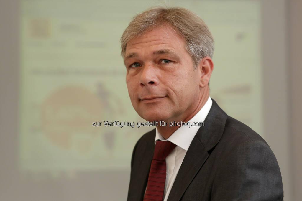 Jan Gerd Hillens, Generaldirektor der RCI Banque SA NL Österreich und die Schweiz bietet die Veranlagung von täglich fälligem Geld mit der attraktiven Verzinsung von 1,4% an (Bild: RCI Banque), © Aussendung (06.10.2014)